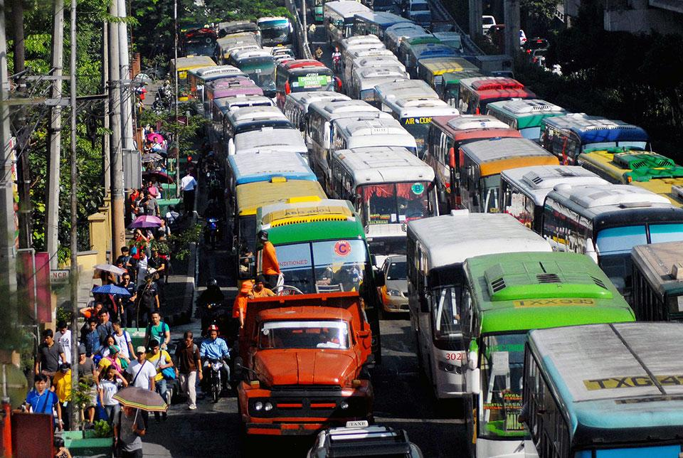 Manila Traffic Jam And Why Youll Need A Car Insurance Badly
