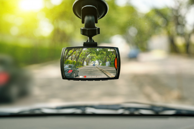 Advantages of Having a Dash Camera featured image