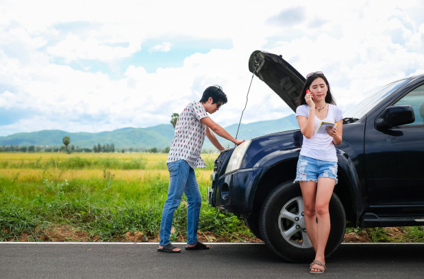 4 Tips to Do If Your Car Suddenly Breaks Down in The Middle of Nowhere