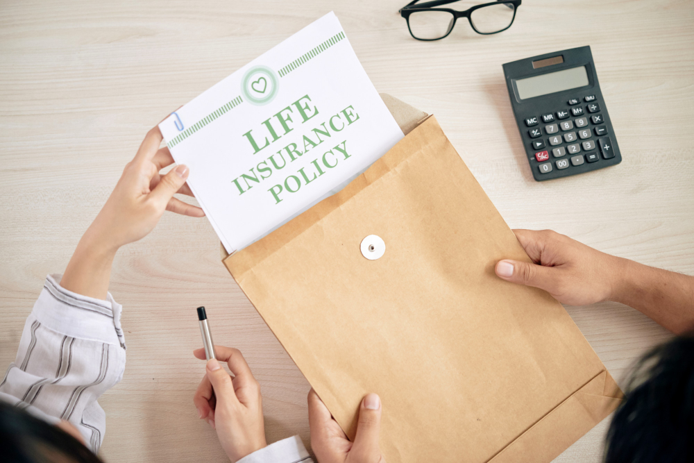people-with-contract-life-insurance